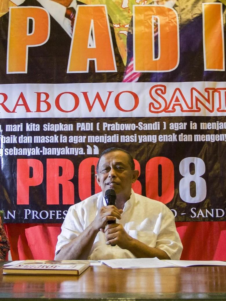 Djoko Santoso Antarkan Berkas Timses Prabowo ke KPU Malam Ini