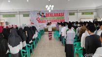 Ratusan Santri di Pangandaran Dukung Jokowi 2 Periode