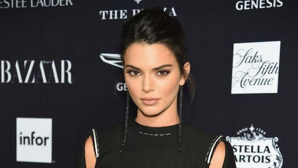 Kedekatan Kendall Jenner dengan Keponakan Tercinta