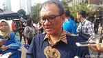 Aksi The New Prabowo: Rangkul Andi Arief-Cium Tangan Istri Gus Dur