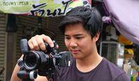 Ini Sosok Dibalik Dua Host Kocak, Pengulas Makanan Asal Thailand