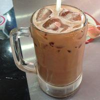 Jual Es Cokelat Terlalu Mahal, Restoran Ini Didenda Rp 107 Juta