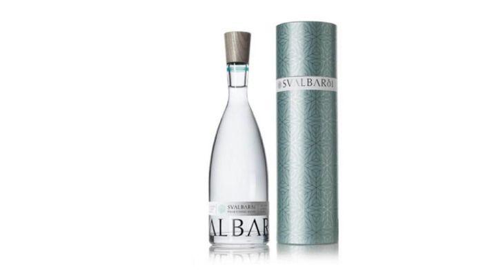 Svalbarði US$ 85 per botol 750ml dengan tabung unik (Rp 1,2 juta). Foto: Istimewa financesonline.com