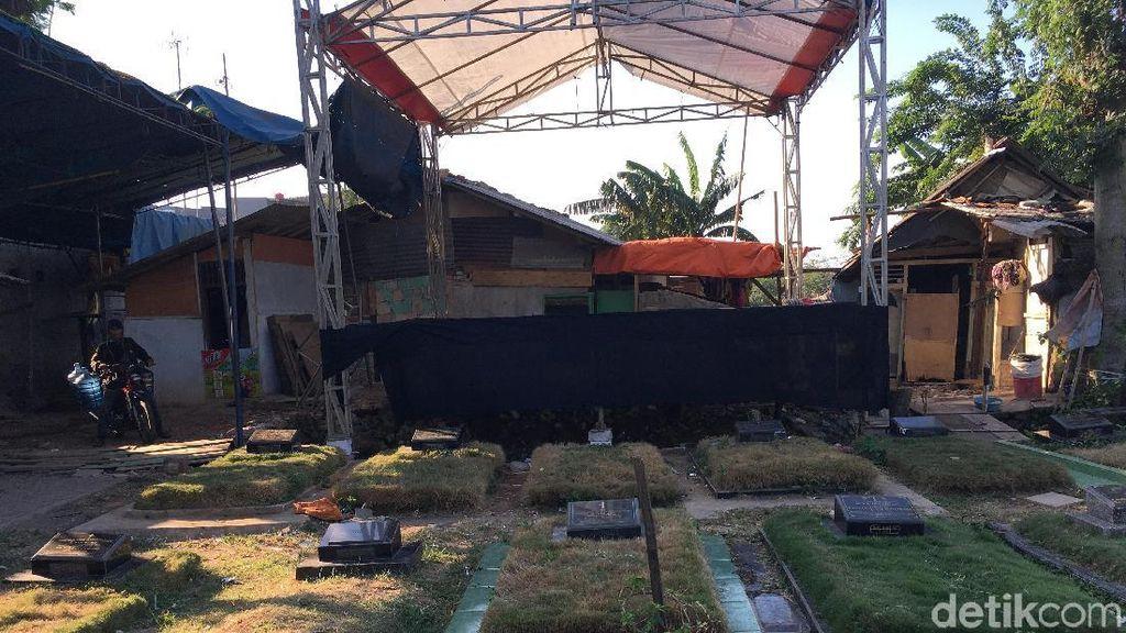 Penampakan Panggung Dangdut Mepet Kuburan di Jaktim yang Viral