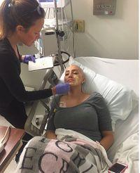 Kisah Inspiratif Para 'Angel' yang Dandani Gratis Wanita Penderita Kanker