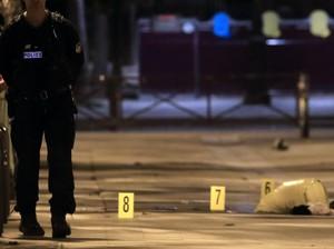 Video: 7 Orang Terluka dalam Aksi Penikaman di Paris