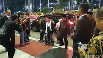 Hadiri Resepsi Nikah Putra Bamsoet, SBY-Maruf Amin Rangkulan