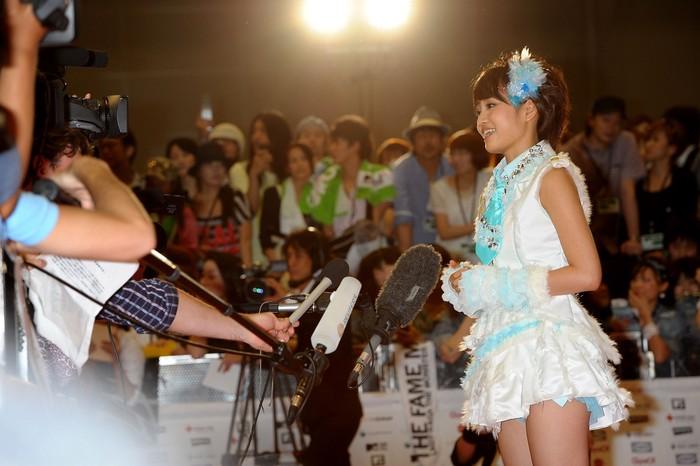 Ia juga merupakan lulusan dari AKB48. Fans sih pasti masih ingat dengan wajah imut Atsuko Maeda atau akrab disapa Acchan. (Foto: Getty Images)