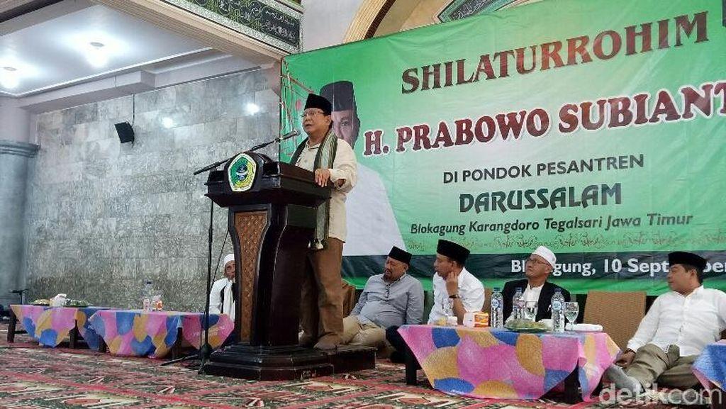 Prabowo Bakar Semangat Santri Di Banyuwangi dengan Pidato Bung Tomo