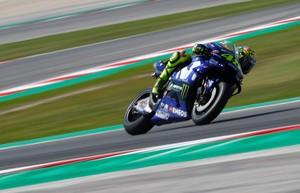 Ban Michelin Belum Nyetel dengan Motor Rossi dan Vinales