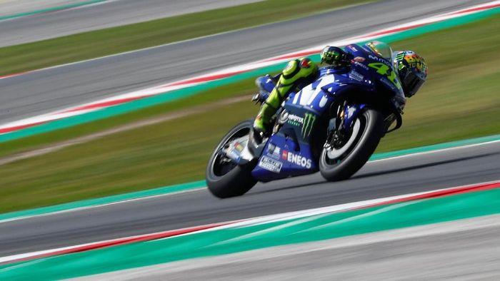 Valentino Rossi, andalan Yamaha di MotoGP 2018 (Foto: Max Rossi/Reuters)