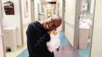 Robot Bebek Jadi Terapi Anak Penderita Kanker