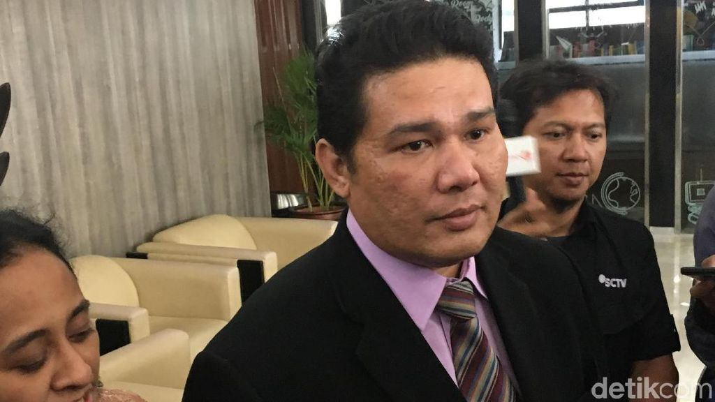 Pengacara Roy Suryo Ogah Tanggapi Sindiran Balasan Hotman Paris