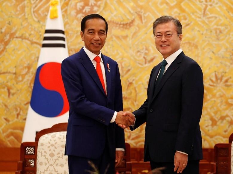 Terkesan dengan Jokowi, Presiden Korsel Ngetweet Bahasa Indonesia