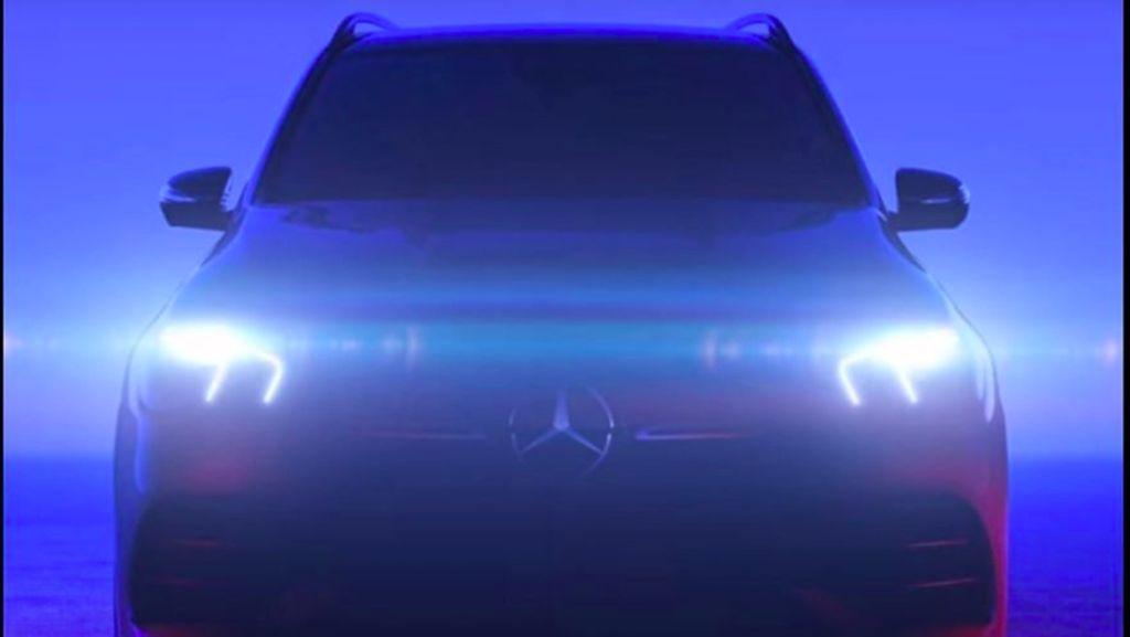 Mercedes-Benz Mulai Pamer GLE Terbaru 2019