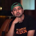 Dua Tahun Tak Motoran, Raffi Ahmad Gatel Lihat Aprilia RSV4