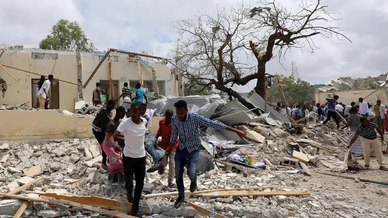 Ledakan Bom Bunuh Diri di Somalia Tewaskan 6 Orang