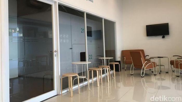 Melihat Apiknya Hotel Kapsul Di Kota Kembang