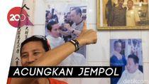 Video: Tingkah Sandi Bergaya di Dekat Foto Jokowi