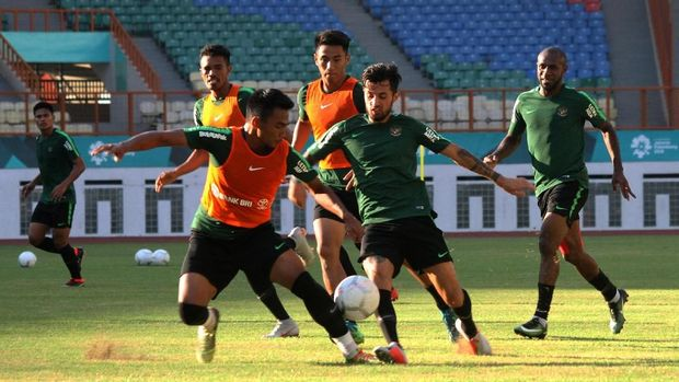 Timnas Indonesia sempat tak ditemani Luis Milla saat uji coba lawan Mauritius. (