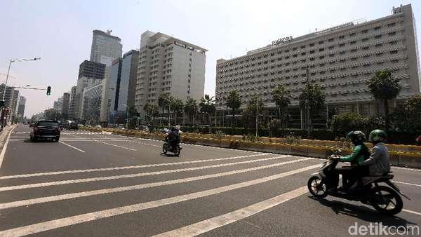Motor Lewat Jl Thamrin yang Dilarang Ahok, Lalu Diizinkan Anies