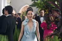 Bujet Murah di Balik Gaun-gaun Mewah Crazy Rich Asians