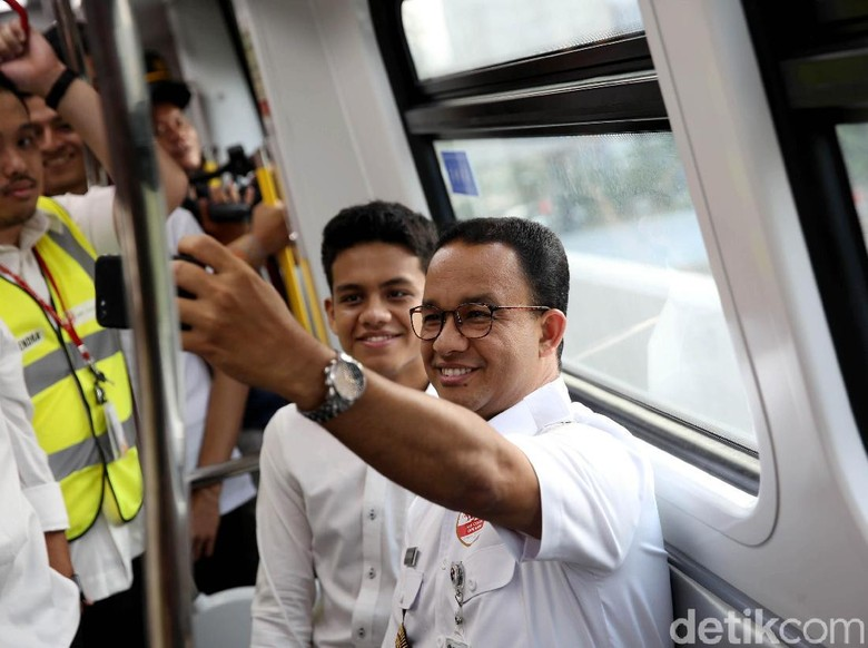 PKS Bangga dengan Kerja Setahun Anies, Minta Gerak Lebih Cepat Lagi