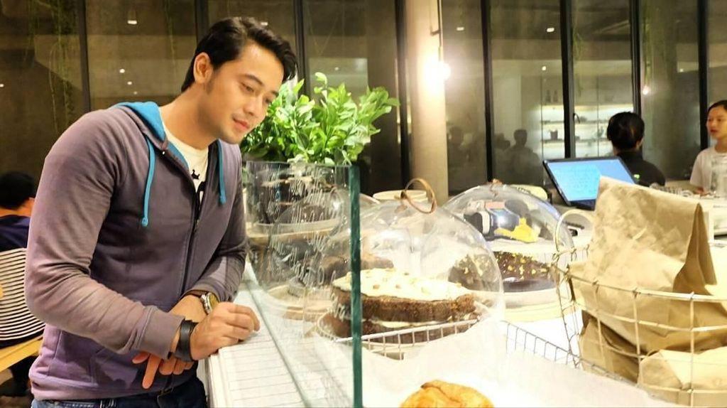 Soto Betawi dan Cake Jadi Makanan yang Sering Dihajar Kriss Hatta