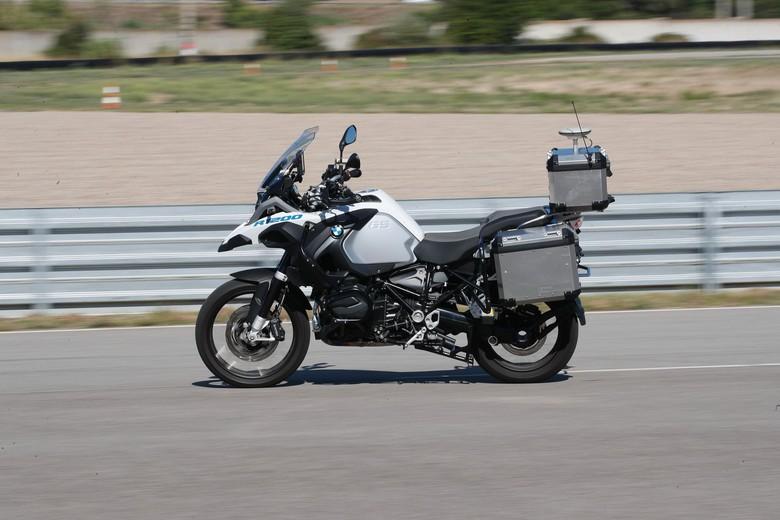 BMW R1200GS yang Sudah Dilengkapi Teknologi Otonom. Foto: Istimewa