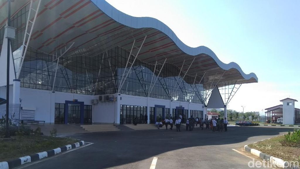 Jokowi akan Resmikan Terminal Baru Bandara Bua Bulan depan