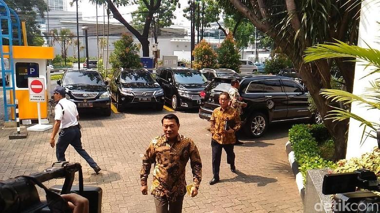 Susul Erick Thohir, Moeldoko Ikut Rapat Timses Jokowi