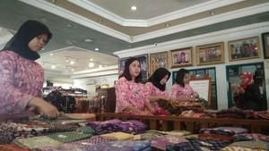 Dolar AS Ngamuk, Pengusaha Batik Cirebon Ketiban Untung