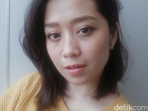 Review Lipstik Tint Hasil Matte dari Clio