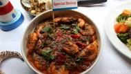 Selain Kepiting, Ada Miso Salmon dan Dirty Rice di Resto Ini