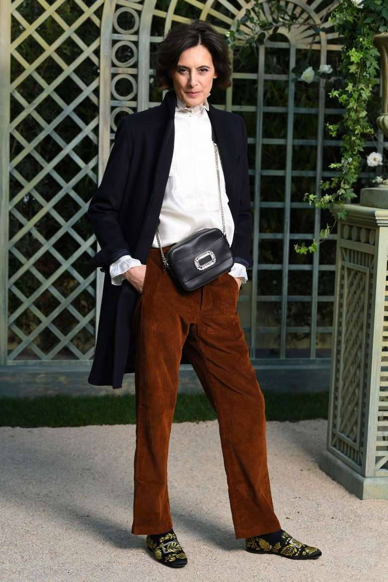 Banyak yang menyebut Ines del La Fressange sebagai kiblat dan ikon fesyen di Paris. Rahasia tetap cantiknya di usia 61 tahun adalah menghindari stres, yang jadi pemicu utama munculnya keriput. (Getty Images)