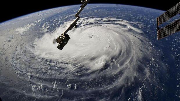 Jelang Badai Florence, AS Diterpa Hujan dan Angin