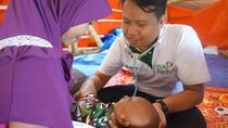 Lalui Medan Berat, Dokter Ini Sambangi Korban Gempa Lombok di Pelosok