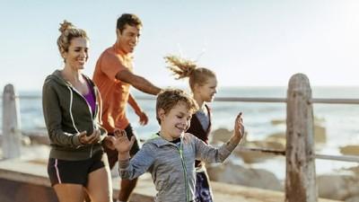 Sharing Momen Olahraga Bareng Keluarga dan Dapat Hadiah, Mau?