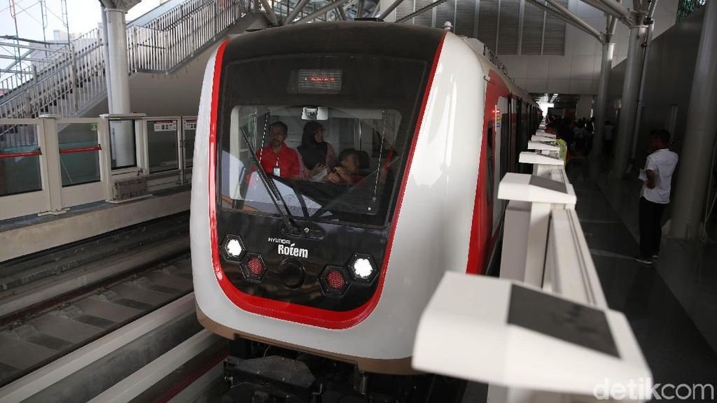Sudah Dipakai Gratis Sebulan, Depo LRT Jakarta Belum Juga Kelar