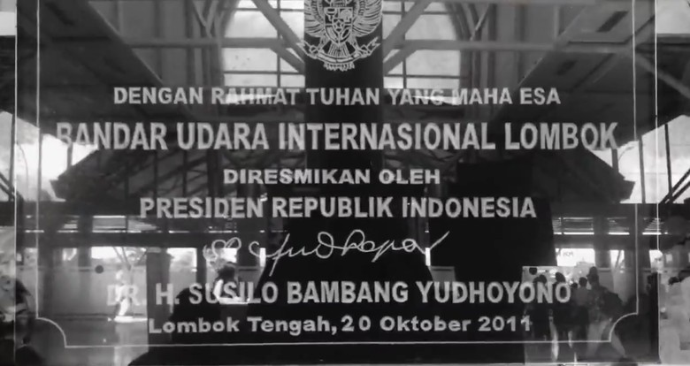 TGB Sayangkan SBY Dapat Hoax soal Pencopotan Prasasti Bandara Lombok