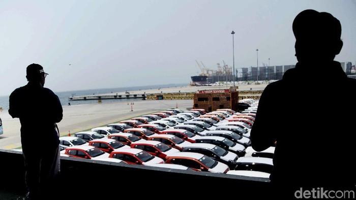 PT Indonesia Kendaraan Terminal Tbk. memperkuat fasilitas dan infrastruktur perseroan untuk meningkatkan daya saing ekspor otomotif nasional.