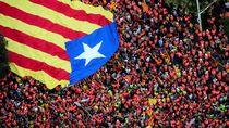 Ribuan Warga Barcelona Turun ke Jalan
