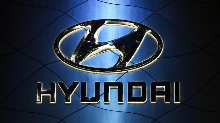 NEW YORK, NY - MARCH 28: The Hyundai logo is displayed at the New York International Auto Show, March 28, 2018 at the Jacob K. Javits Convention Center in New York City. SUVs and crossovers are expected to capture most of the attention at this years show. Despite car sales declining for the first time in seven years in 2017, SUVs and crossovers remain a bright spot in the auto industry. The auto show opens to the public on March 30 and will run through April 8.   Drew Angerer/Getty Images/AFP