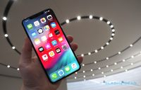 Apple Fanboy Indonesia Tak Masalah iPhone XS Max Mahal