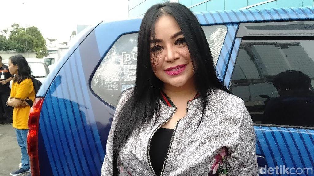 Jawaban Nyeleneh Anisa Bahar Ditanya soal Pisah Ranjang