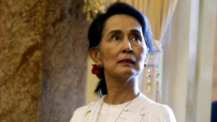 Aung San Suu Kyi (REUTERS/Kham/Pool)