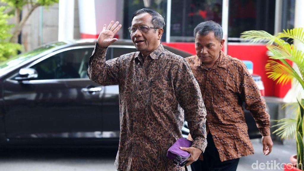 Cak Imin Optimis Mahfud Md Merapat ke Jokowi-Maruf