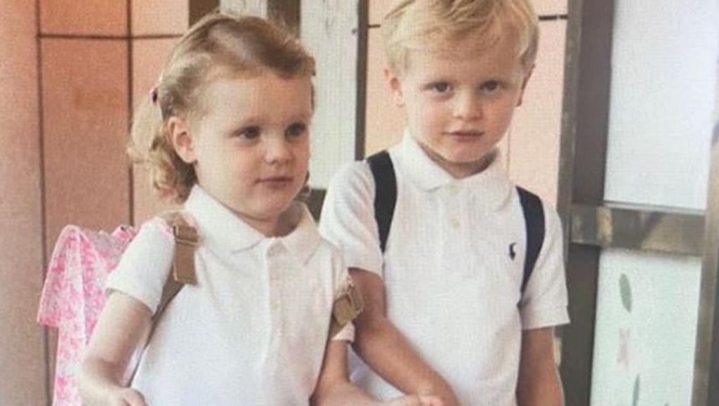 Hore! Si Kembar dari Kerajaan Monako Masuk Sekolah