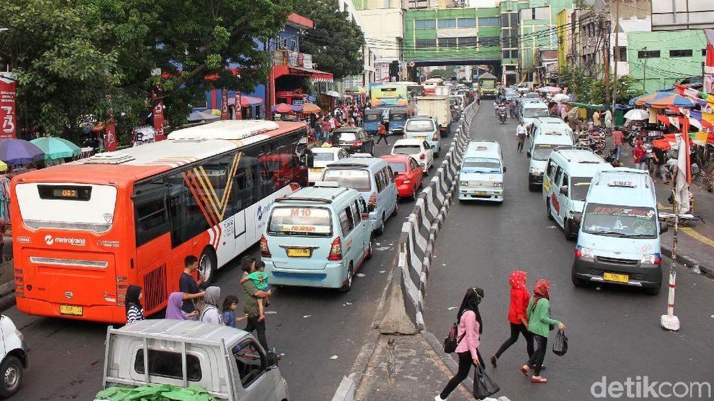 Pemprov DKI Ingin Angkot Sampai Bus di Jakarta Pakai Kendaraan Listrik