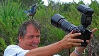 Foto: Selfie! Kalau burungnya sedekat ini, pakai lensa tele sepertinya tidak begitu berguna. (Twitter/@polychromantium)